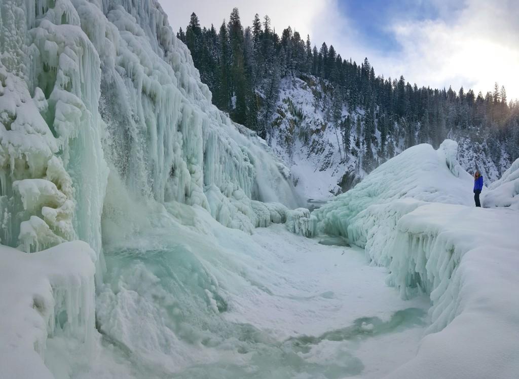 Fifteen Top Winter Activities in Alberta, Yoho National Park, Alberta, British Colombia, Winter, Wapta Falls