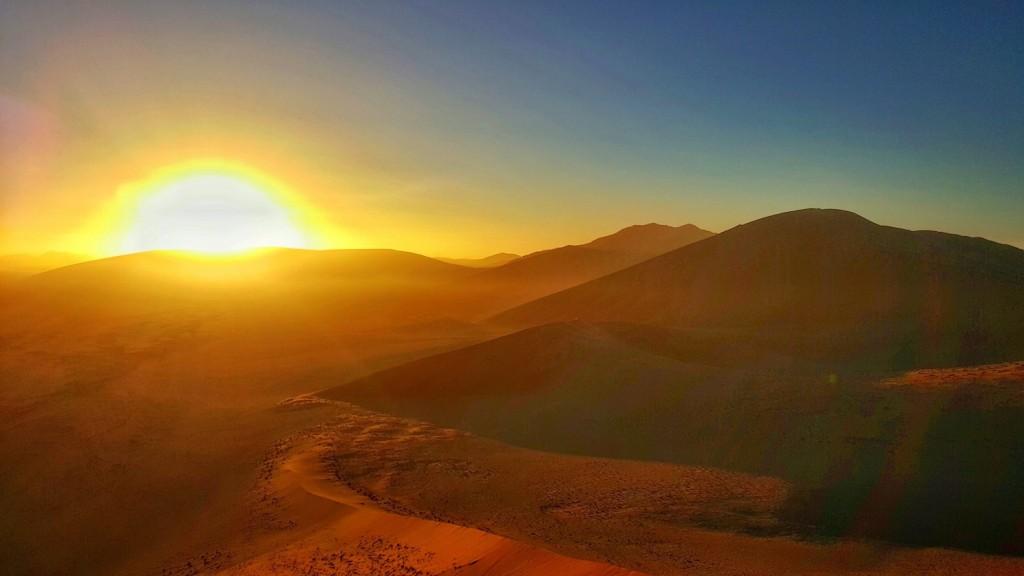 Namib-Naukluft National Park, Sossusvlei, Deadvlei, Dune 45, Namibia