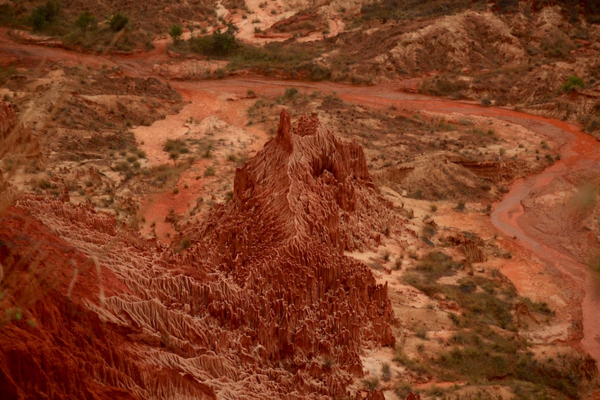 bright red geological of Tsingy Rouge