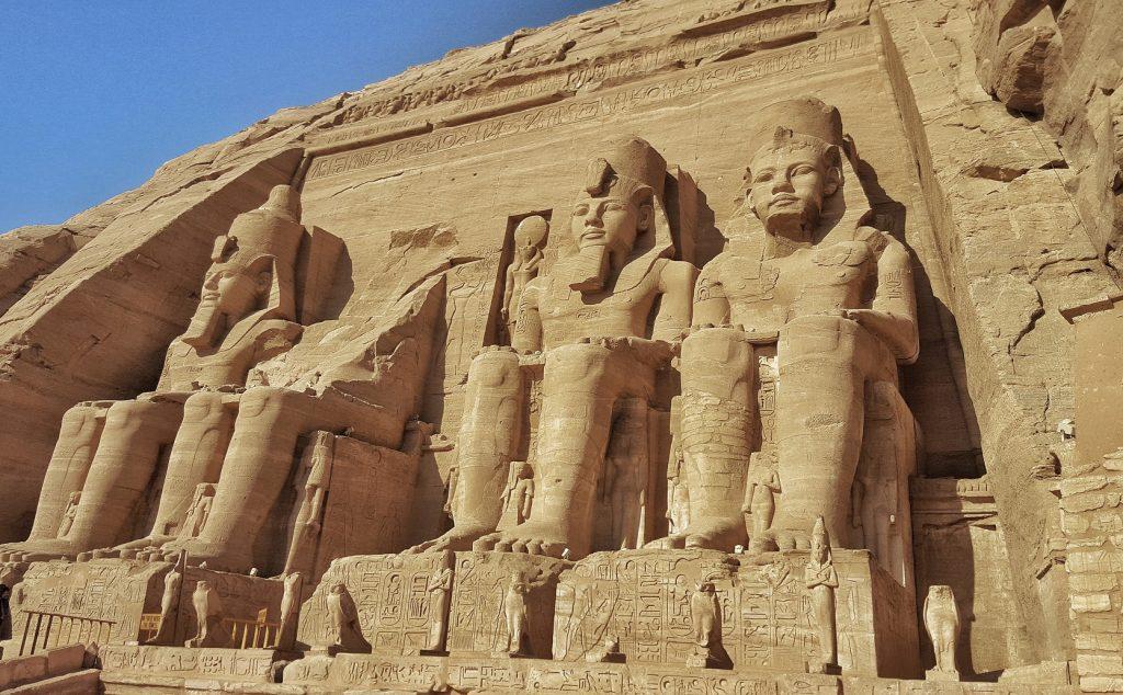 4 enormous statues at Abu Simbel