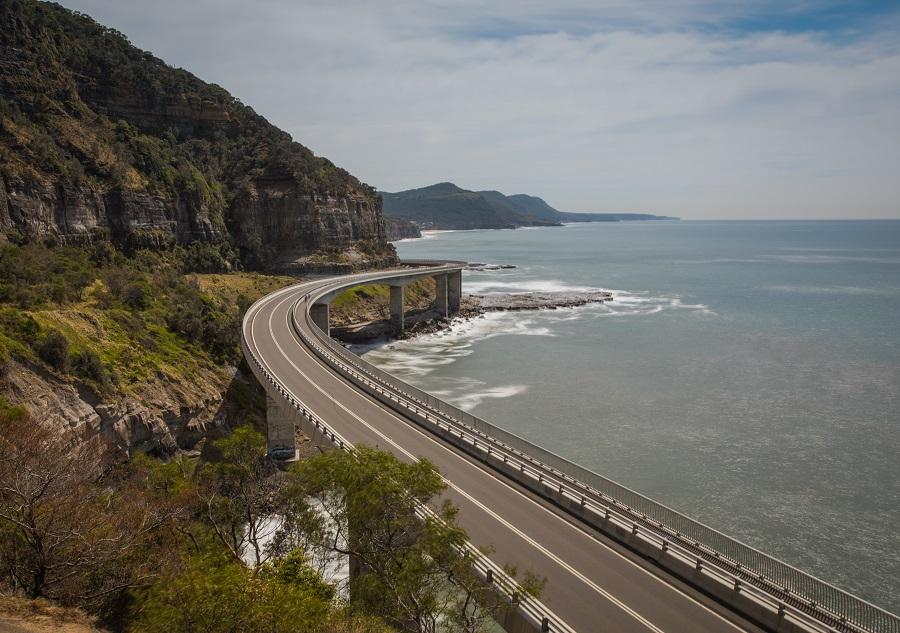 Scenery of bridge next to mountains and ocean, Sea Cliff Bridge